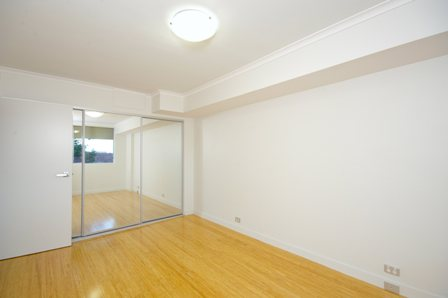 Yeo St, Mosman - Bedroom 1 - After.jpg
