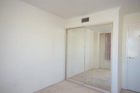 Brompton Rd, Kensignton - Unit Renovation - 2nd Bedroom Before.jpg