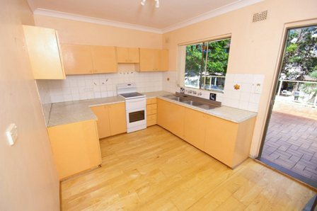 The Strand, Dee Why - Kitchen Before - 1.jpg