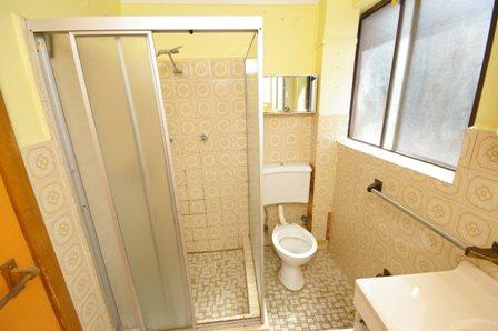 The Strand, Dee Why - Bathroom Before - 1.jpg