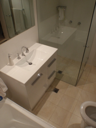 Francis Rd Artarmon - Bathroom Renovation - After 2.JPG