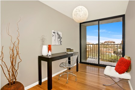 Home Staging Example - Photo 5.jpg