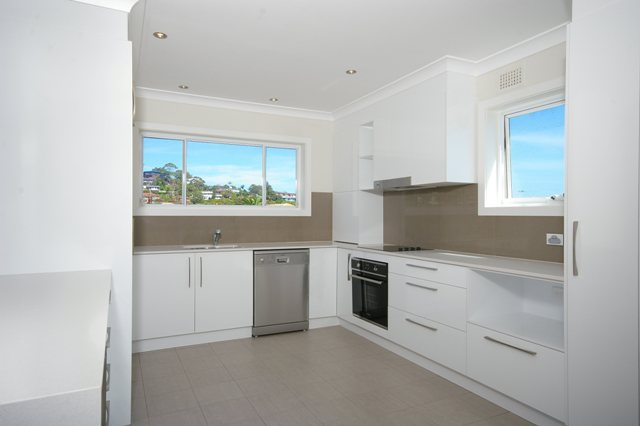 Pittwater Rd Narrabeen - Unit Renovation including Kitchen Renovation and Bathroom Renovation - Kitchen After 1.jpg