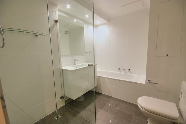 Jersey Rd Artarmon - Unit Renovation including Kitchen Renovation and Bathroom Renovation - Bathroom After 1.jpg