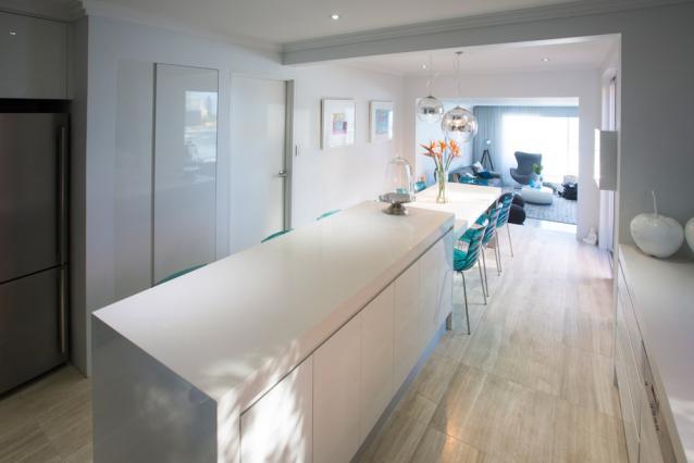 6. Kitchen2.jpg