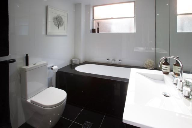 9. Bathroom1.jpg