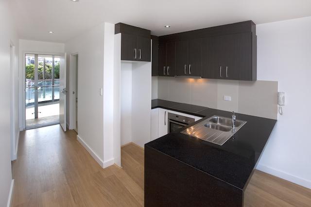 Kitchen1 -small.jpeg