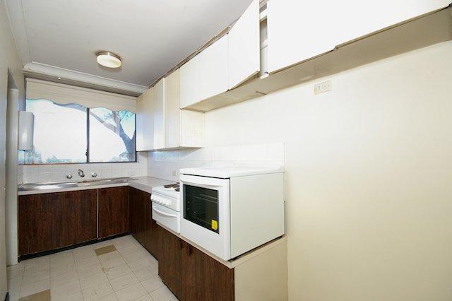 Kitchen3 before.jpg